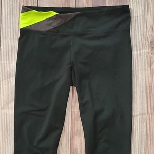UnderArmour running/workout tights/leggings